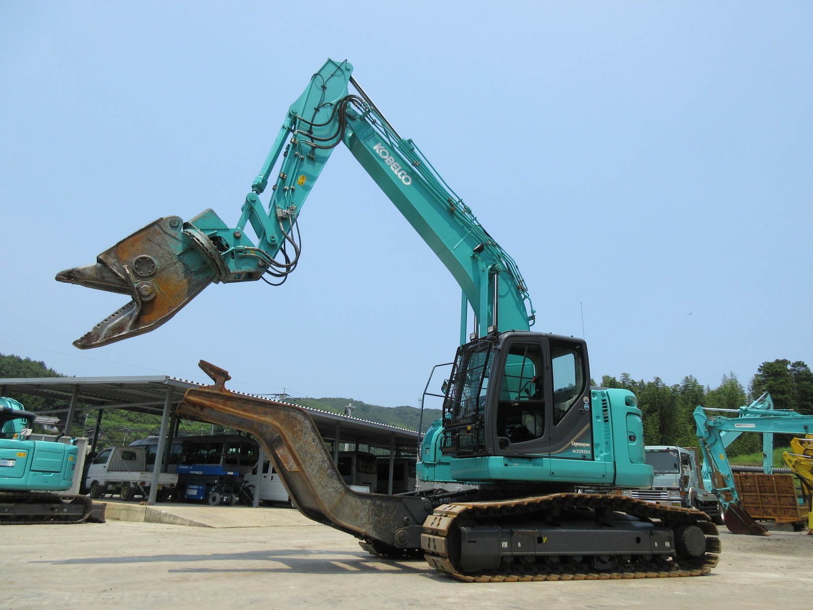Used Construction Machine used Excavator KOBELCO SK235SRD-3 Photos
