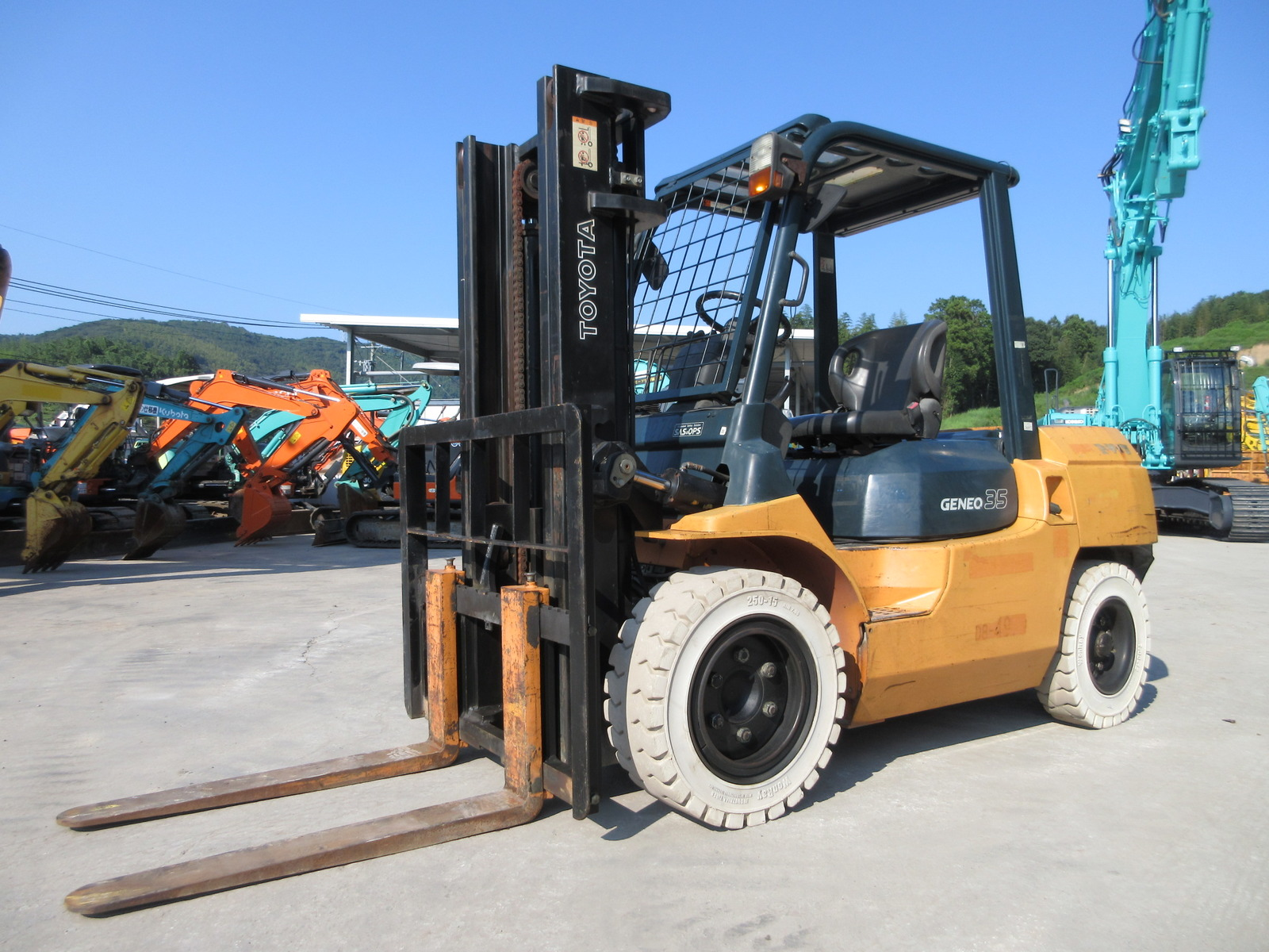 Used Construction Machine used Forklift TOYOTA 02-7FD35 Photos