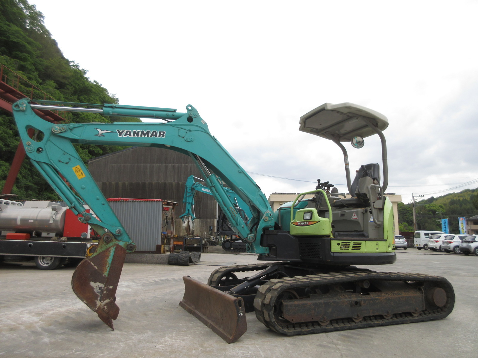 Used Construction Machine used  YANMAR ViO40-5B Photos