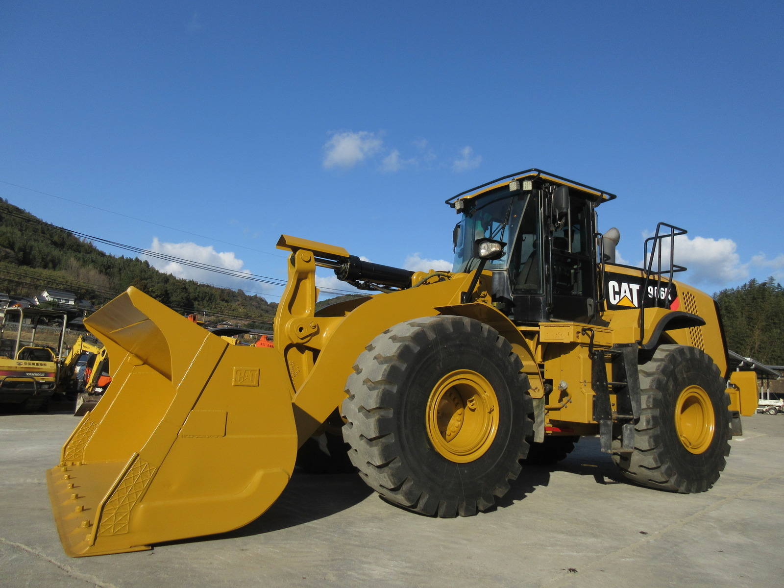Used Construction Machine used  CAT 966K Photos