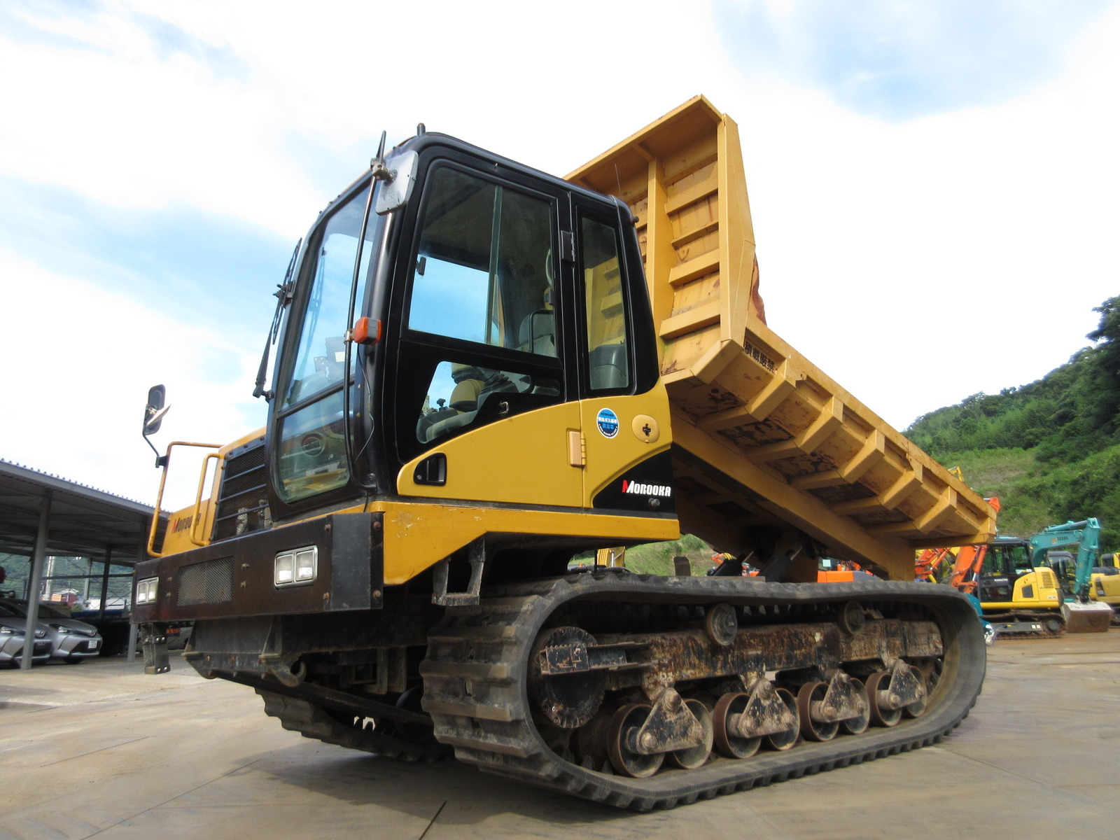 Used Construction Machine used  MOROOKA MST-2200VD Photos
