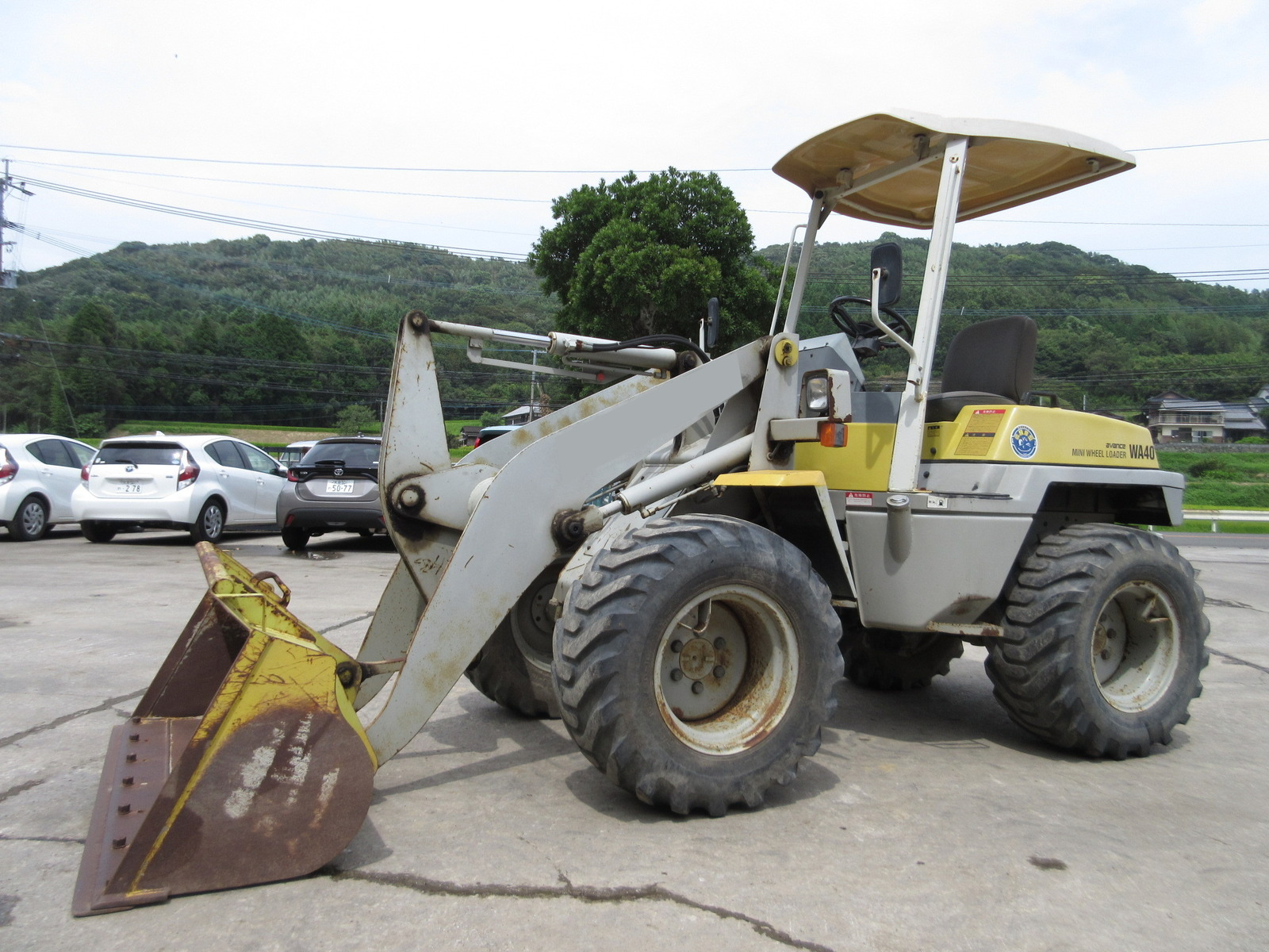 Used Construction Machine used Wheel Loader KOMATSU WA40-3 Photos