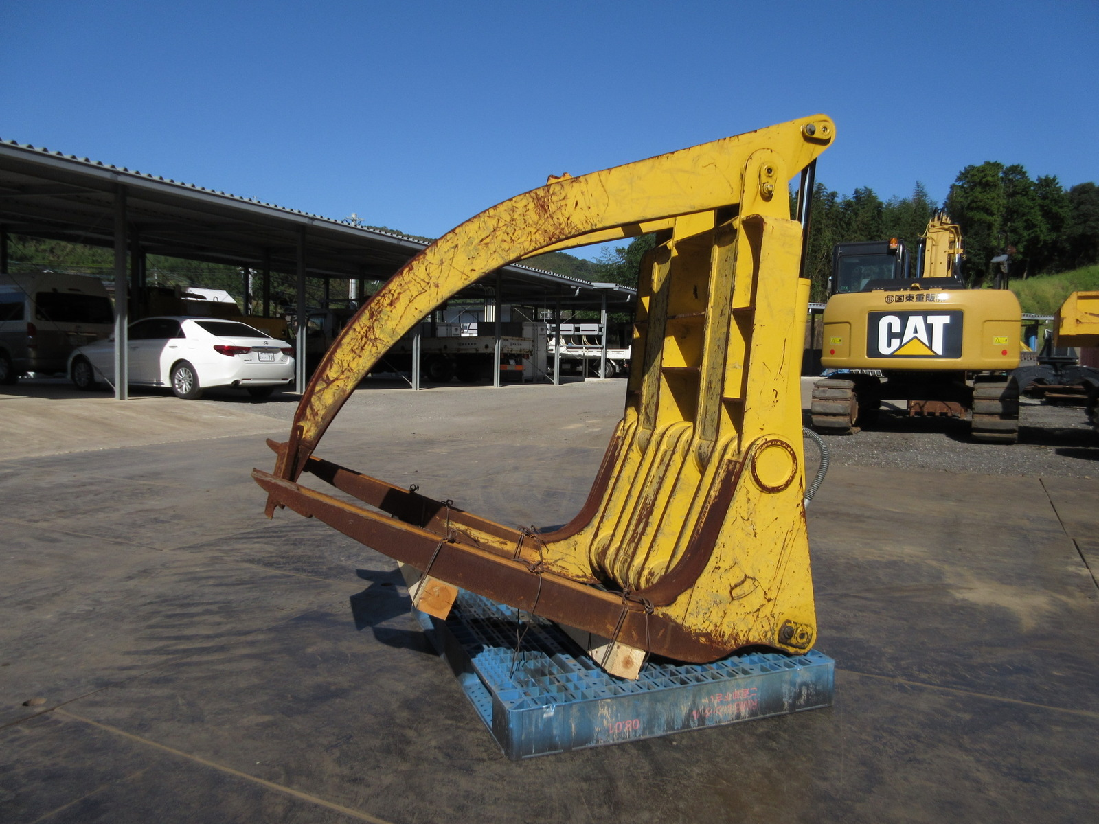 Used Construction Machine used Wheel log loader KOMATSU SF107P Photos