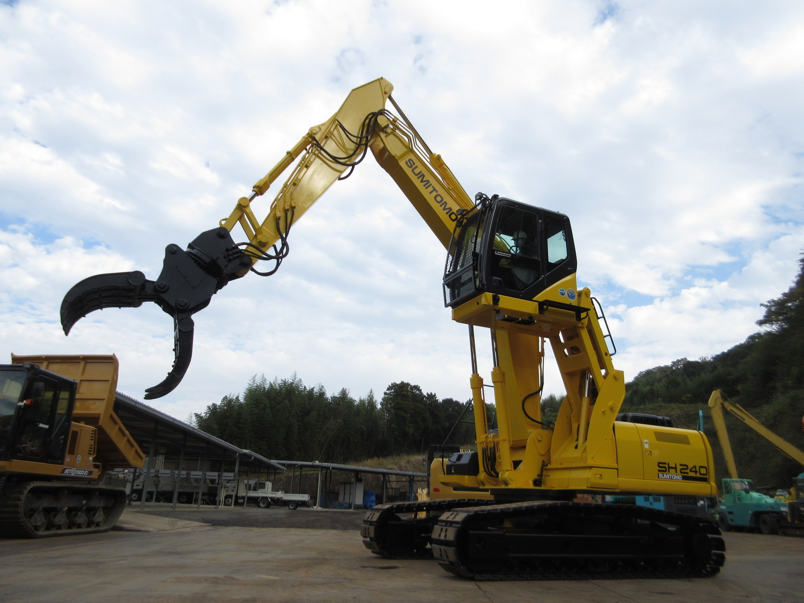 Used Construction Machine used Excavator SUMITOMO SH240-5 Photos