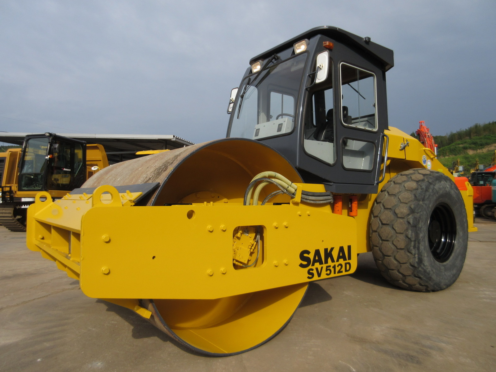 Used Construction Machine used Roller SAKAI SV512D Photos